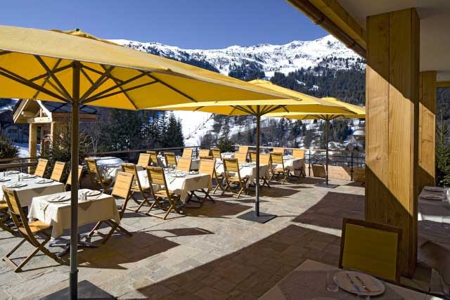 Restaurants in meribel dining not to miss powderbeds for Open terrace restaurants