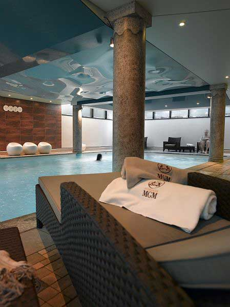 La Ginabelle Chamonix spa and swimming pool