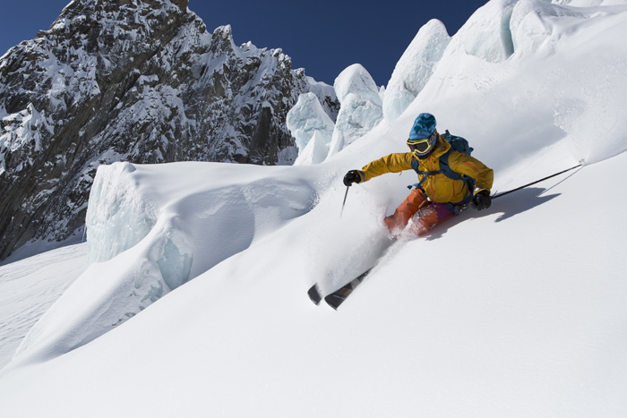 Advanced skiing in Le Vallee Blanche, Chamonix