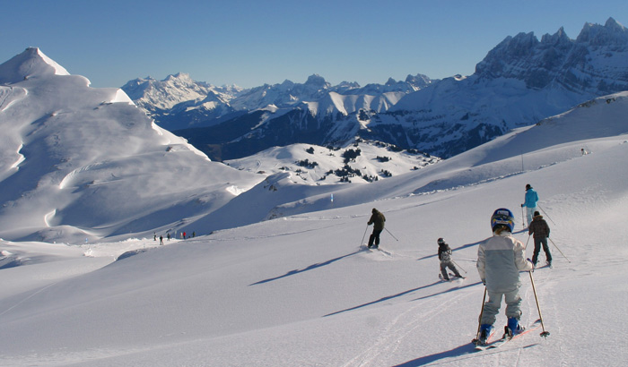 Ski with family in Avoriaz