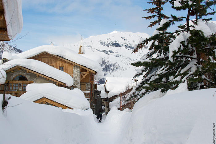 5 reasons to go skiing in the alps this christmas powderbeds. Black Bedroom Furniture Sets. Home Design Ideas